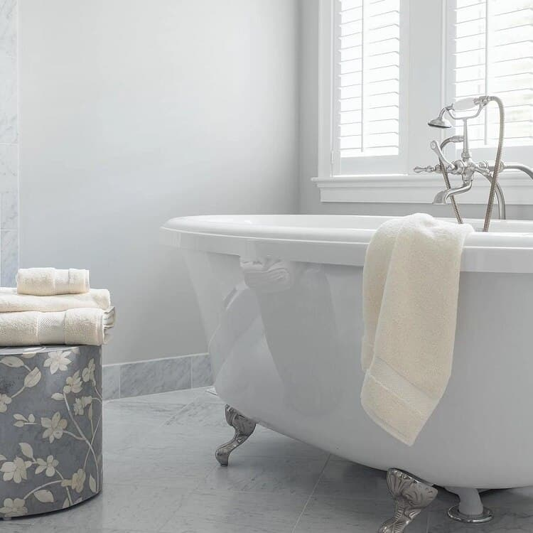 Boll & Branch Luxury Bath Sheet - Natural