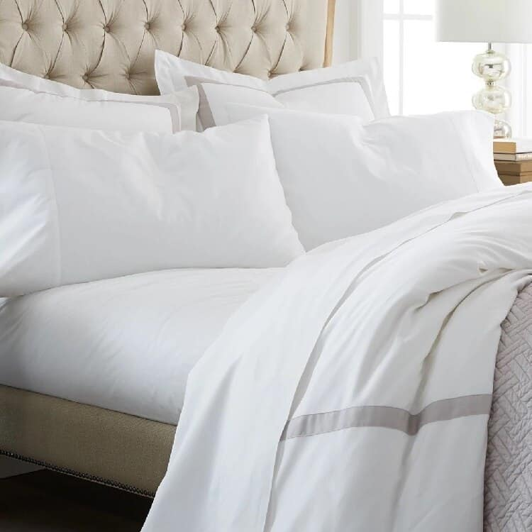 Boll & Branch Percale Solid Sheet Set
