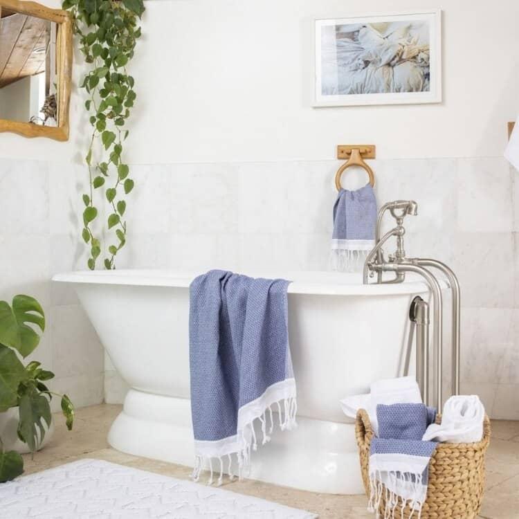 Coyuchi Mediterranean Organic Towels - Lake w Sea Spray 02