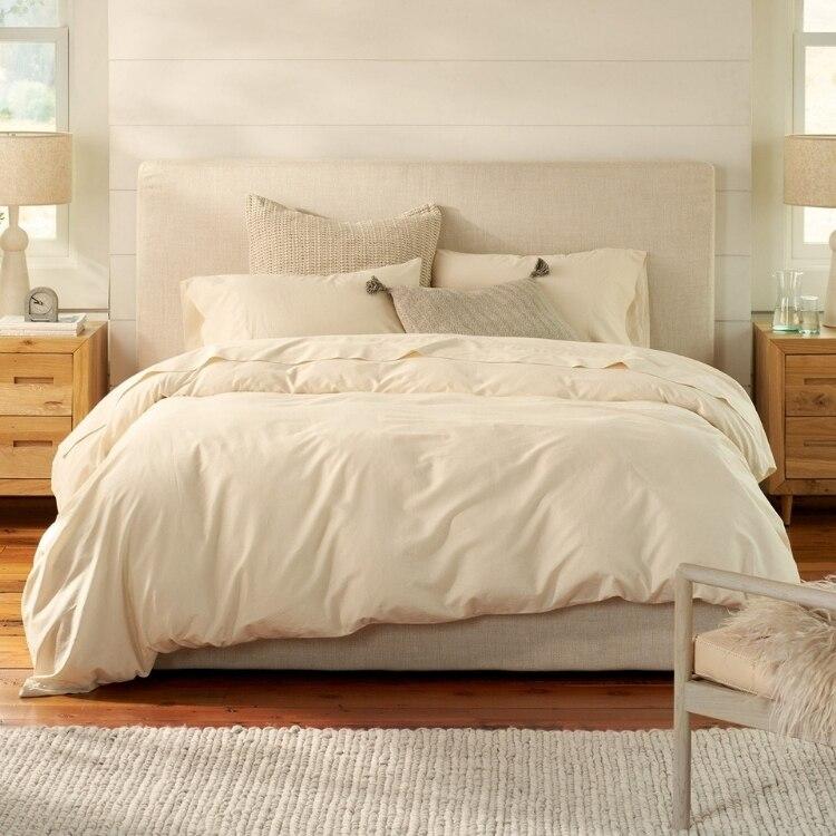 300 Thread Count Organic Sateen Pillowcase - Undyed  02