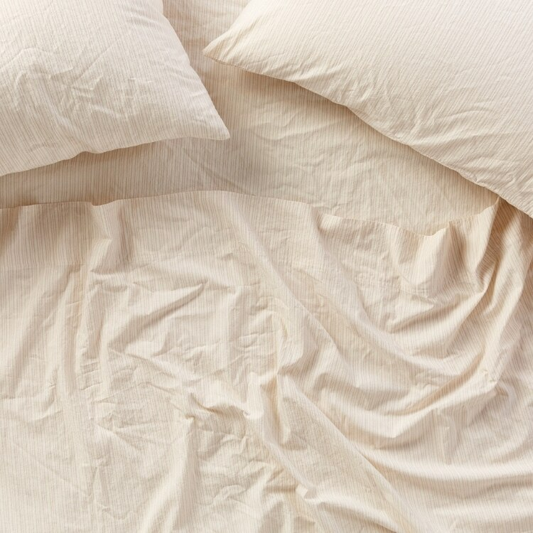 Coyuchi Organic Crinkled Percale Pillowcases - Undyed w Hazel-Rosehip