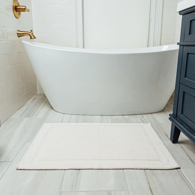 Grund Organic Cotton Bath Rugs Charleston Collection - White 01