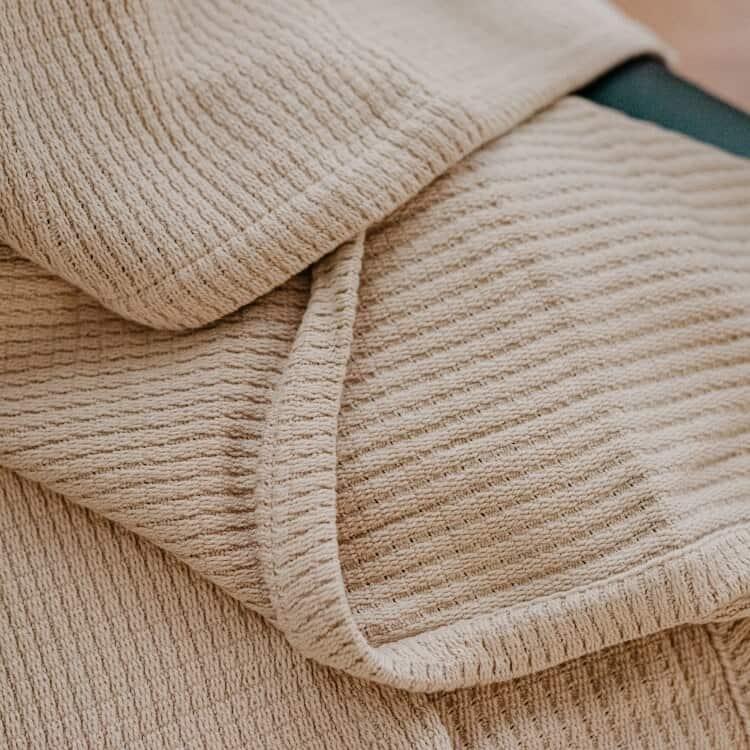 Grund Sea Pines Organic Throw Blankets - Driftwood 01