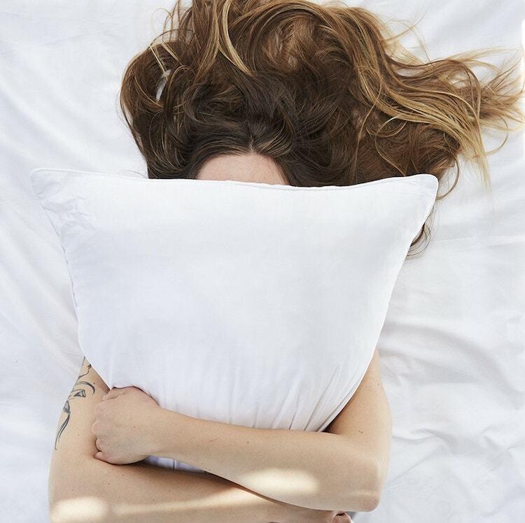Coyuchi Organic Latex Molded Pillow Lifestyle
